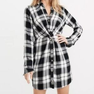 Abercrombie & Fitch Plaid Knot Front Dress S